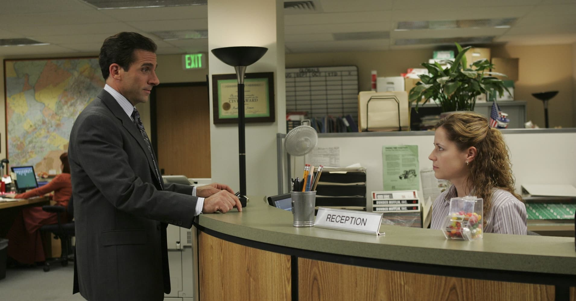 "Steve Carell as Michael Scott, Jenna Fischer as Pam Beesly on ""The Office"""