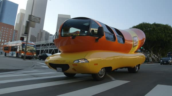This Hotdogger's clever trick to get a job driving the Weinermobile