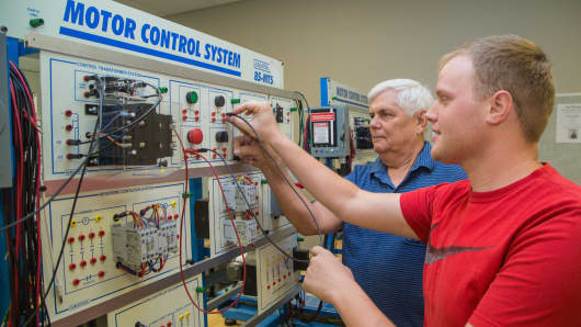 A team of community college instructors at SOWELA Technical Community College's regional training center in Lake Charles, Louisiana, is providing hands-on training.
