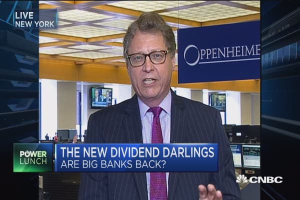 Banks certainly don't have the growth of tech: Oppenheimer's Chris Kotowski