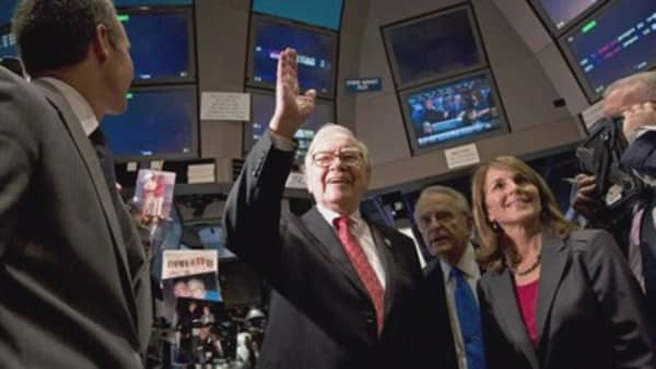 Warren Buffett just made a quick $12 billion on a clever Bank of America investment