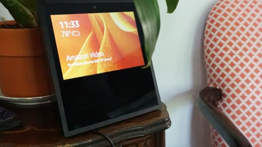 CNBC Tech: Amazon Echo Show 4