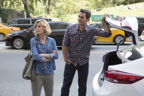 Phil and Claire Dunphy on ABC's Modern Family.