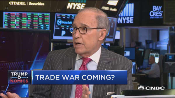 In favor of temporary tariffs, work out conflict: Larry Kudlow