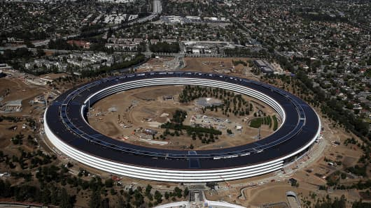 An aerial view of the new Apple headquarters on April 28, 2017 in Cupertino, California.