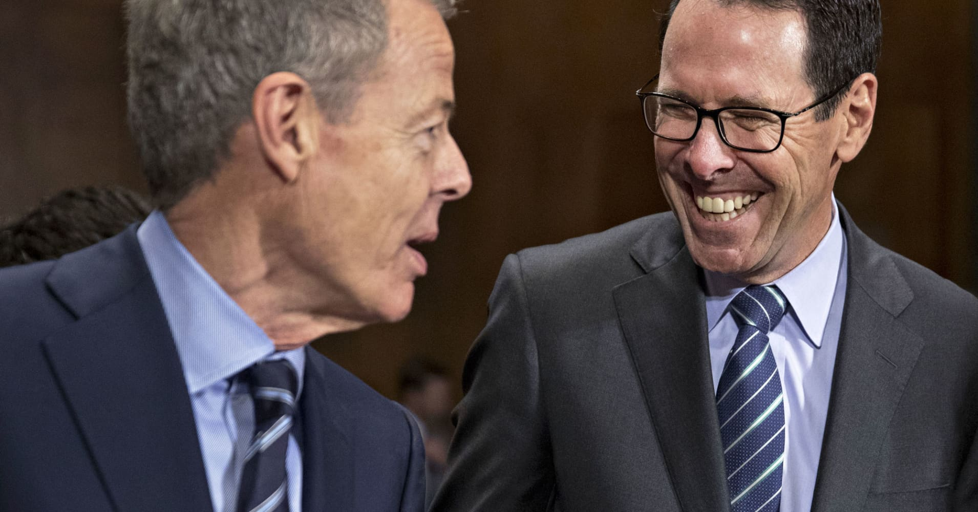 Federal judge clears AT&T's bid for Time Warner