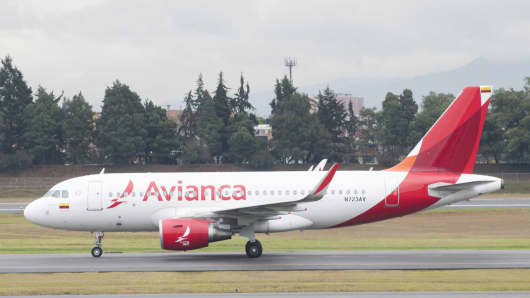 Colombian carrier Avianca offers many in-flight perks long abandoned by mainline U.S. airlines.