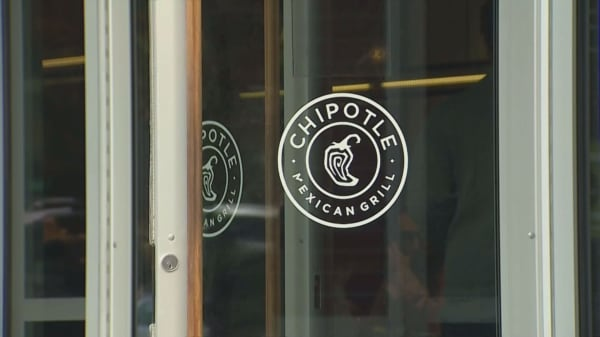 Why it could be a big problem that some Chipotle diners consider the chain to be 'fast food'