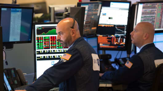 Traders work on the floor of the New York Stock Exchange on June 8, 2017 in New York.