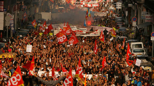 Tens of thousands of the French workers protest as the Unions in France launch new strikes against the pension reform plan on October 28, 2010 in Marseille, France.