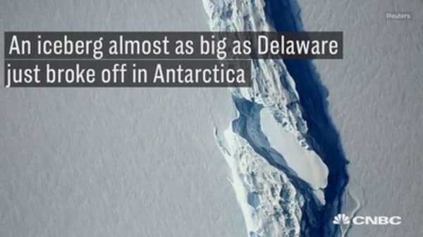 The largest Antartic iceberg on record has just broken off