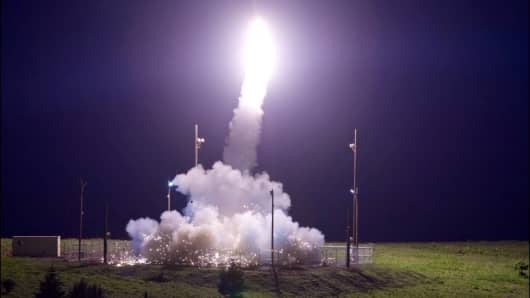 A Terminal High Altitude Area Defense (THAAD) interceptor is launched from the Pacific Spaceport Complex Alaska during Flight Test THAAD (FTT)-18 in Kodiak, Alaska, July 11, 2017.