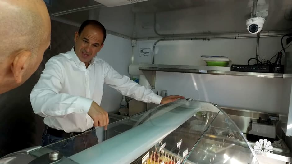 Marcus Lemonis is shocked at the high cost of this popsicle food truck