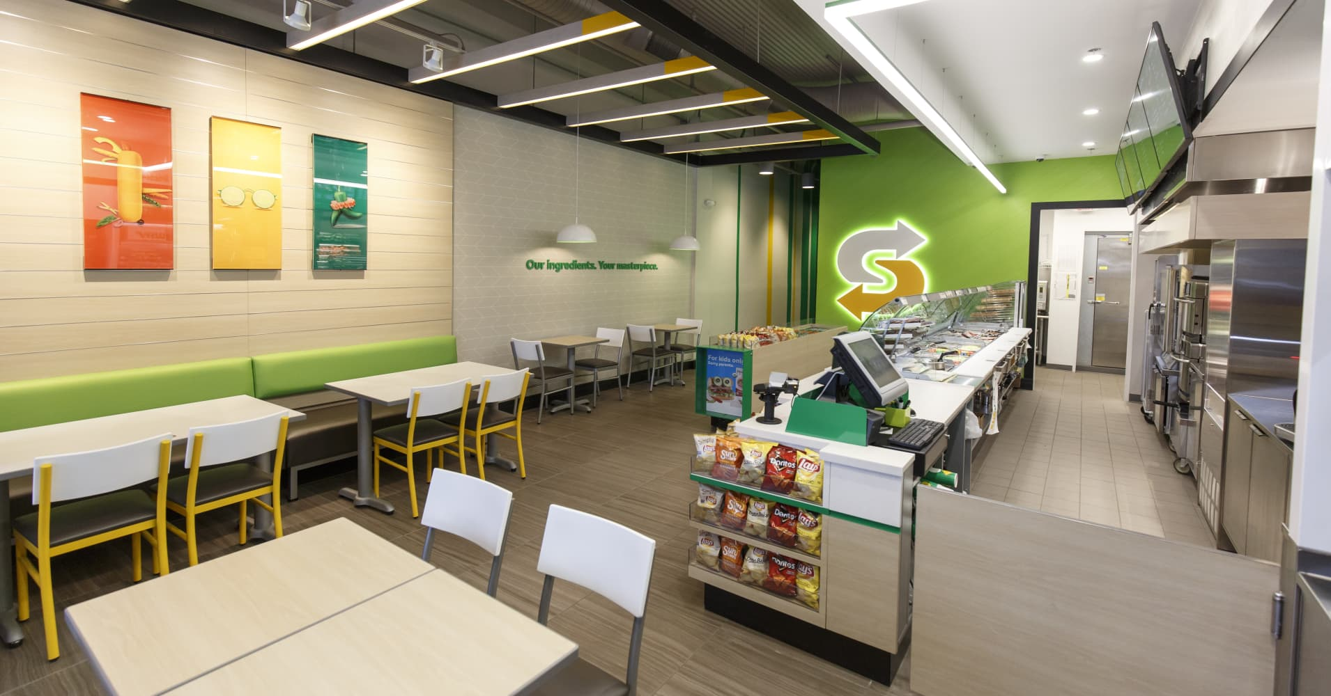 Subway's new store redesign