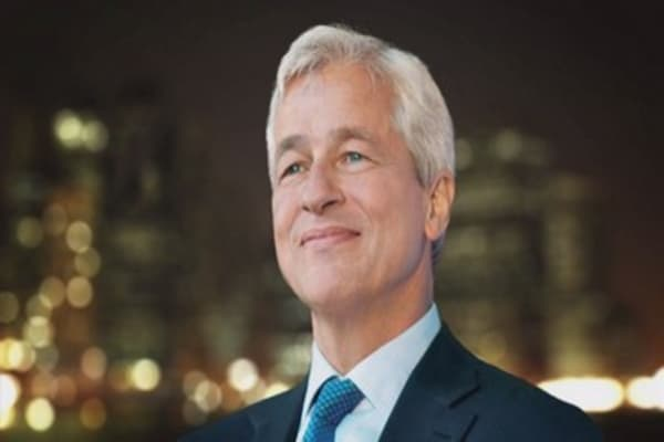 Dimon blasts financial press: 'Who cares about fixed income trading in the last two weeks of June?'