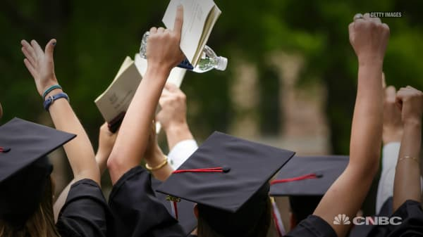 Author of viral New York Times op-ed: Rich parents get their kids into college by cheating