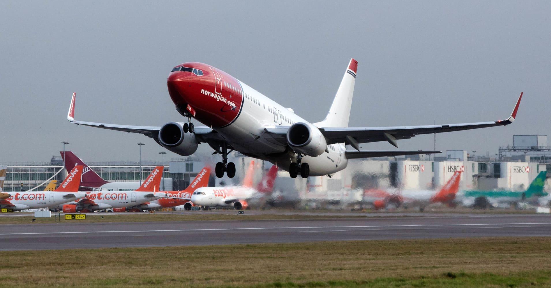 Airlines lag climate goals despite fuel efficiency improvement