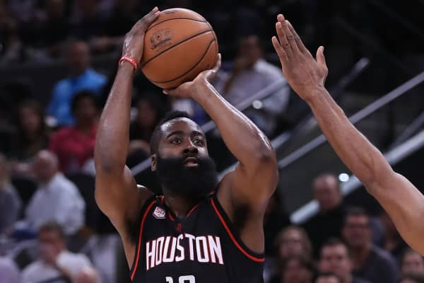 McIngvale Interested in Buying Houston Rockets
