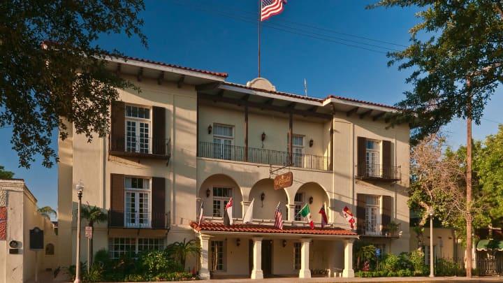La Posada Hotel, San Agustin Plaza, Laredo, Texas.