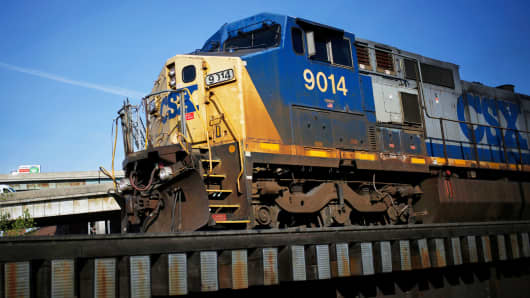 csx shoots up 7 to all time high after strong second quarter results