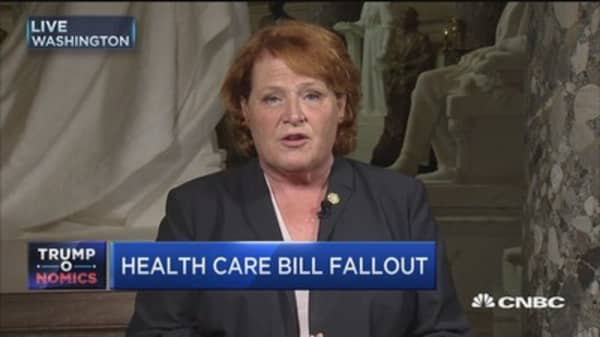 Sen. Heitkamp: Time to bring in the governors to talk about health-care