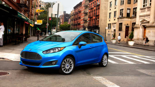 Ford partners with Lyft to build self-driving on-demand taxi service