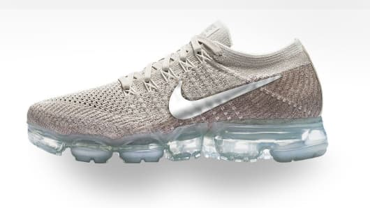 super popular 73a71 bab7d Nike Air VaporMax