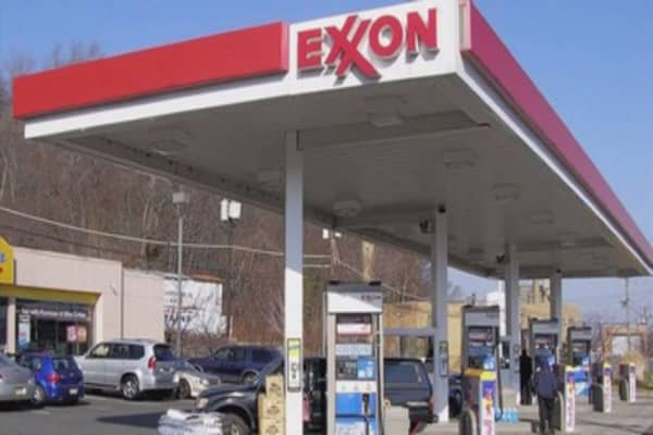 Exxon sues U.S. cver $2 million fine for oil joint venture with Russia