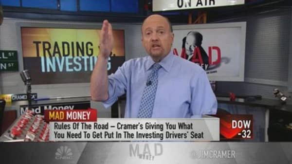Cramer clears up the key difference between trading and investing