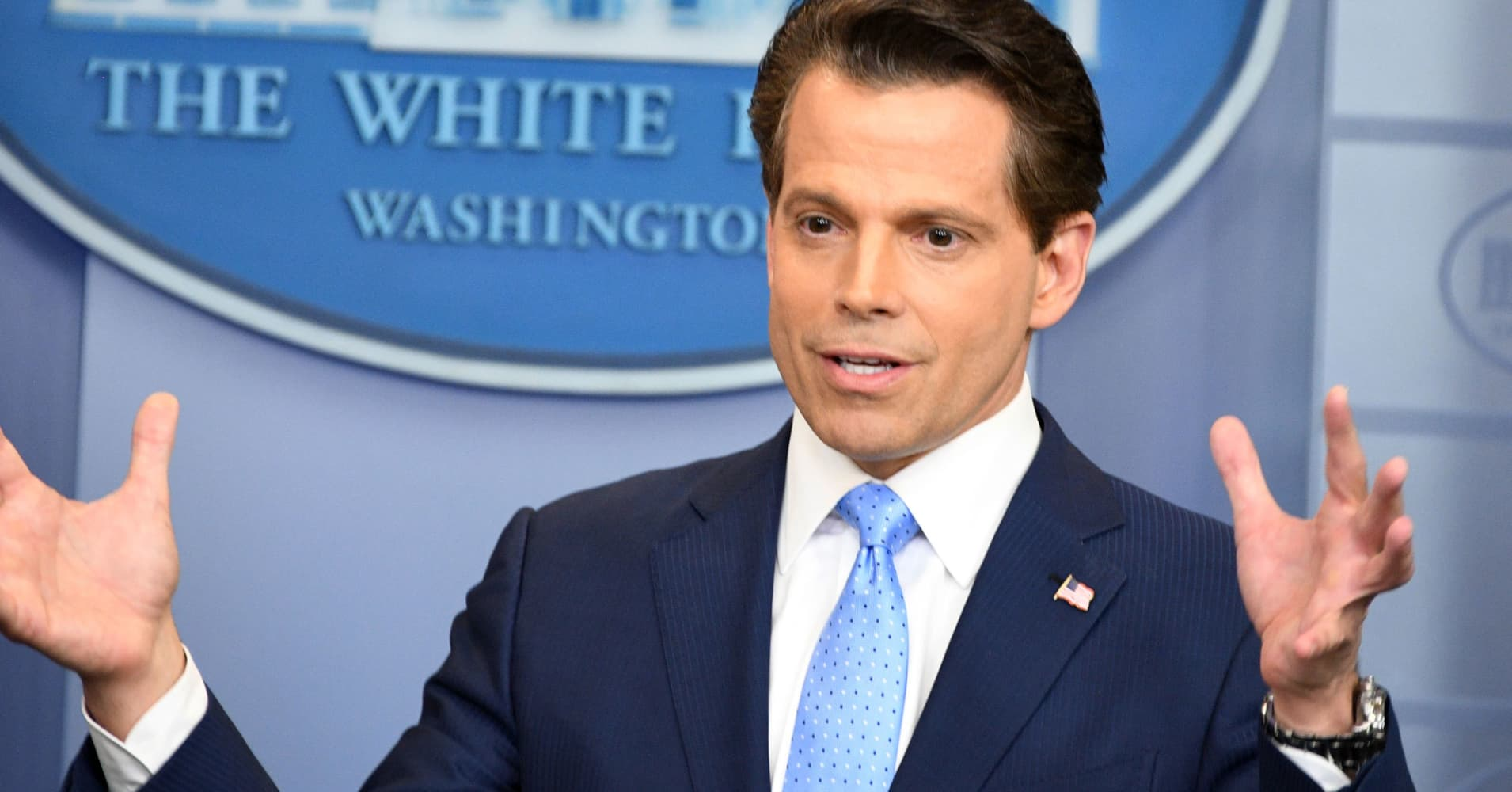 Hiring smooth-talking Scaramucci as a mouthpiece won't pull the White House out of its rut