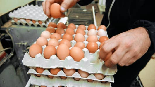 Egg market conditions lead to losses for Cal-Maine Foods