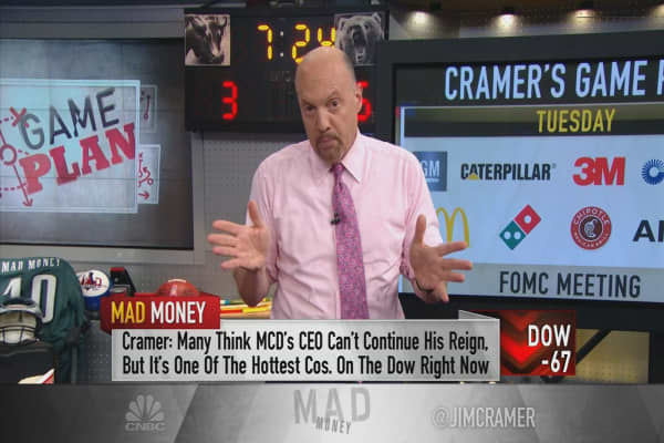Cramer's game plan: Take this earnings onslaught day by day
