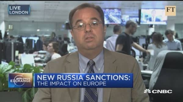 FT:  New US sanctions on Russia are dividing Europe