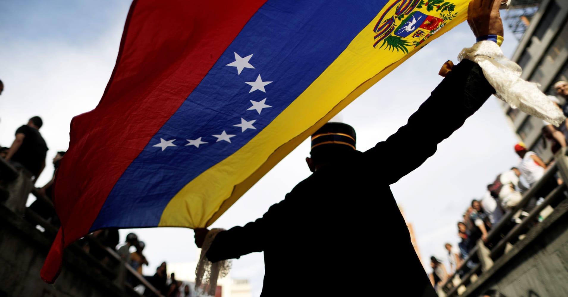 Trump says Venezuela has freed...