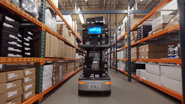 The team who created Amazon's warehouse robots returns with a new robot named Chuck