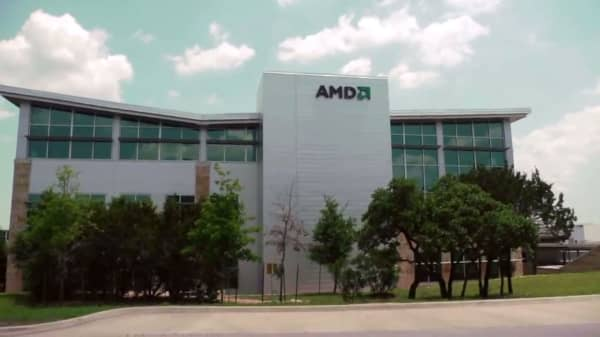 AMD shares jump to 10-year high after saying sales this quarter will top Street by $100 million