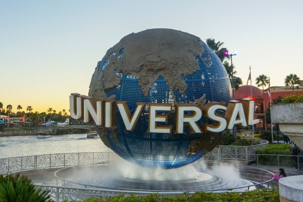 The entrance of Universal Studios.