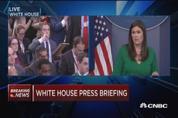 Sarah Sanders: President supports strong sanctions against Russia, Iran and North Korea