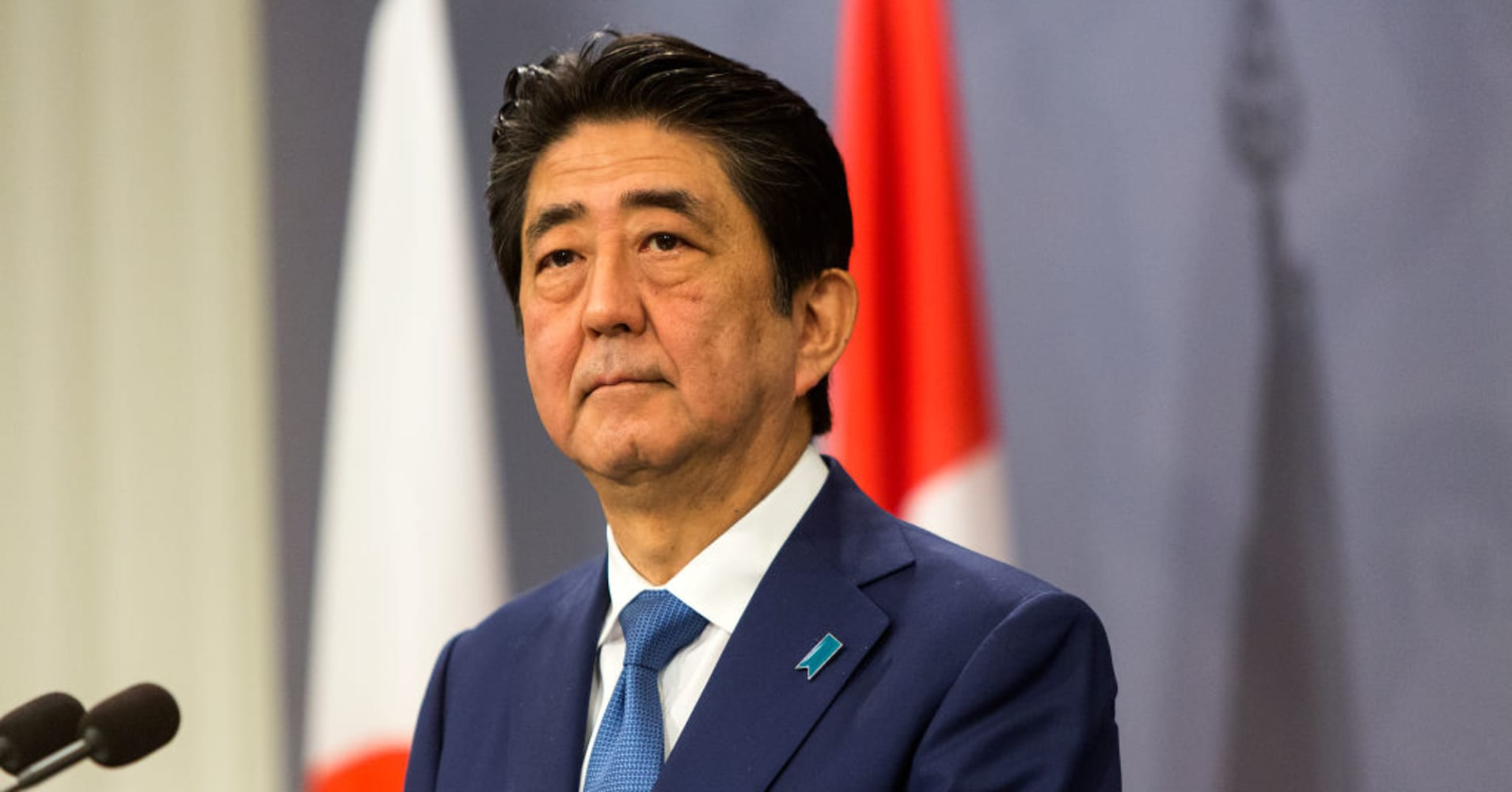 Japan PM Abe's ruling bloc on track for big election win, with constitutional reform seen likely