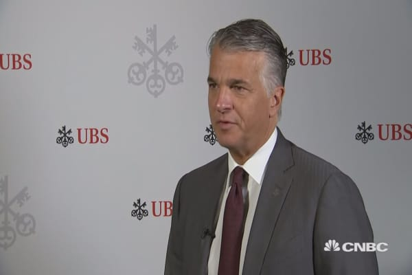 UBS CEO: Company earnings suffering from low volatility