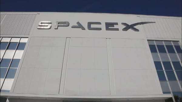 SpaceX is now worth $21 billion