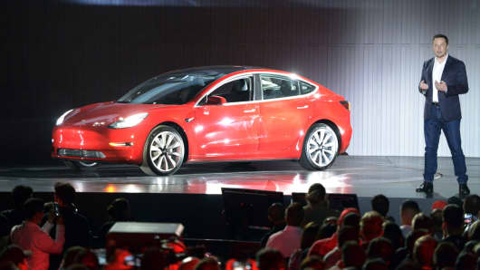Consumer Reports' survey marks Tesla Model X 'least reliable'