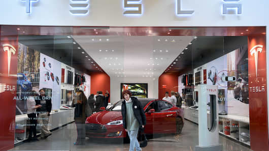 The Tesla showroom at Park Meadows Mall March 31, 2016