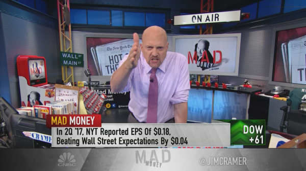 Cramer tracks the not-so-failing New York Times amid 'fake news' of its demise