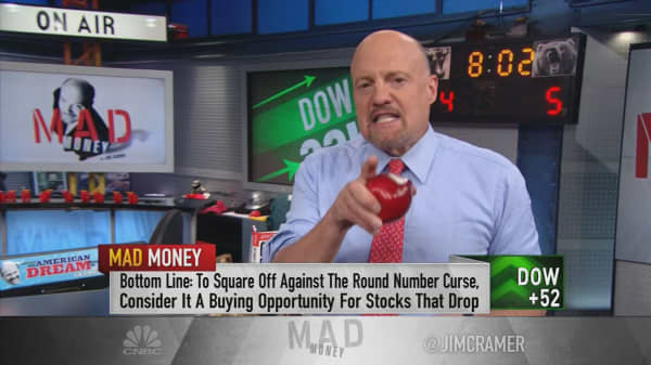 Ignore Dow's 'round number curse' and pay attention to what got it there