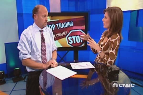 Watch the full rant: Cramer's 'They know nothing!'