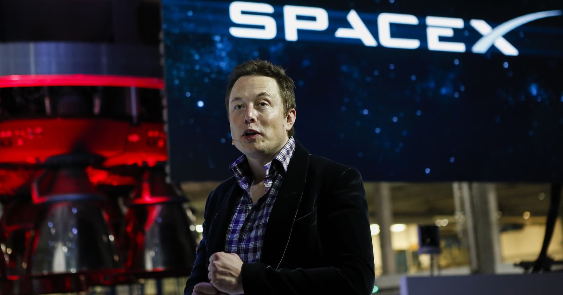 Elon Musk's SpaceX lands another big win in making reusable rockets the future