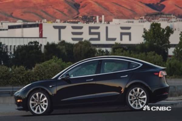 Here are 5 electric alternatives to Tesla's Model 3