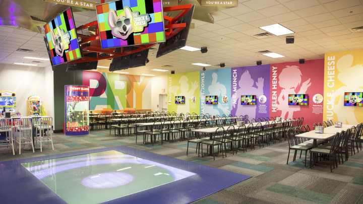 Chuck E. Cheese's new dance floor