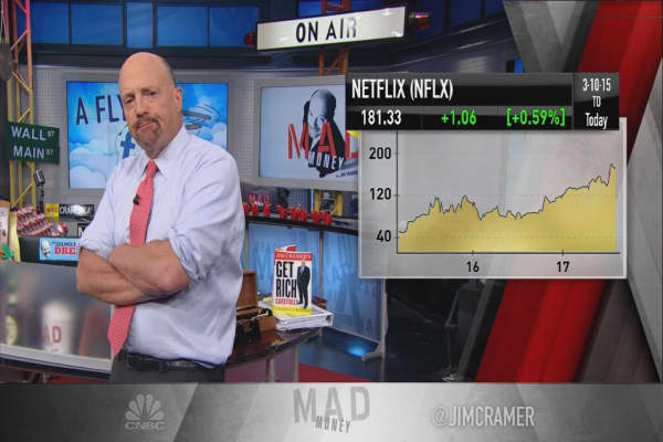 Cramer explains why history doesn't have to repeat itself when it comes to tech giants like FANG